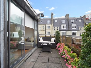 Presidential Penthouse Suite offers space and modern luxury overlooking Mayfair