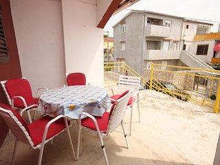 Cimera Apartment Sleeps 6 with Air Con and WiFi - 5465458