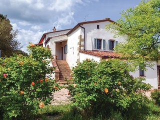 2 bedroom Apartment in Torricella, Tuscany, Italy : ref 5552051