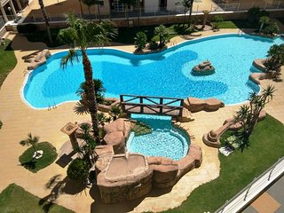 2/3 Bedroom Family Apartment Near The Beach at Las Gondolas