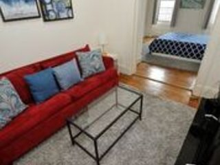 1 Bedroom Apartment minutes away from Manhattan (13)