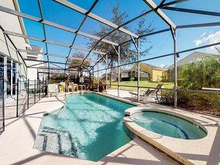 Spacious family-friendly home w/ private pool & entertainment - close to Disney!