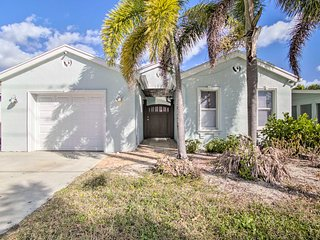 NEW! Private Home w/ Spa - 1 Mi. to Lantana Beach!