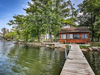 NEW! Riverfront 1000 Islands Cabin on Pvt Island!