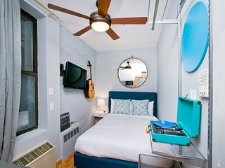 A small studio for your BIG NYC Dreams! Boutique Living with NOVO
