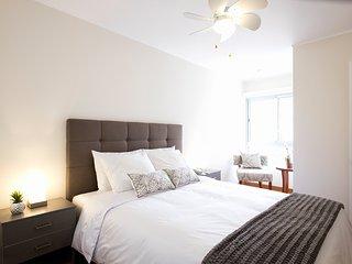 Brand New Luxury 2 BDRM Miraflores - UR Place Rentals