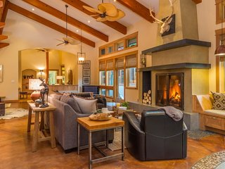 Big Sky Town Center- Luxury Home on 6 acres
