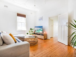 Best Bondi Beach Holiday Home H447