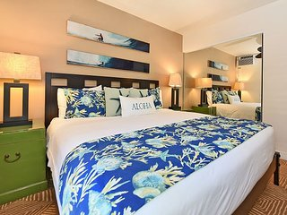 Aina Nalu A104 Heart of Historic Lahaina 2bed/2 bath Sleeps 6