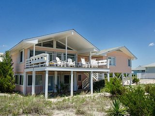 Oceanfront cottage with amazing views from decks perfect for entertaining