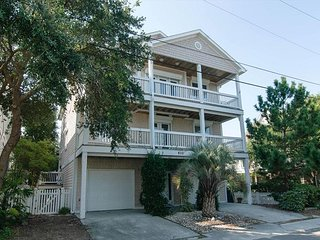 Impressive single family home located walking distance to the ocean and sound