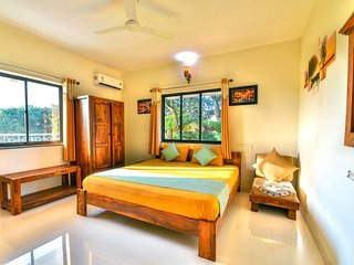 Monarch Suites Goa 003