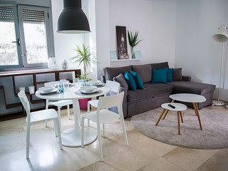 Lightbooking- 'Castillo del Mar' Apartment