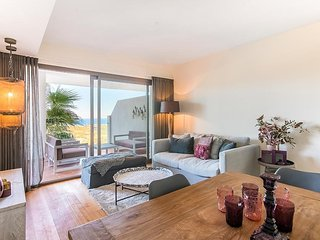 Beautiful Apartment In The Suits By Calanova Golf.