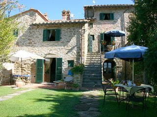 2 bedroom Apartment in Camucia-Monsigliolo, Tuscany, Italy : ref 5239715