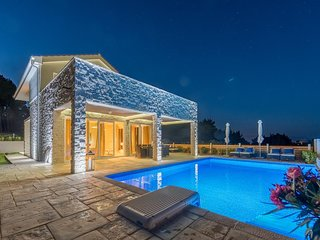 Villa Hvar Dream with Swimming Pool