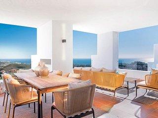 Modern Apartment La Cala Hill Club The Suites.