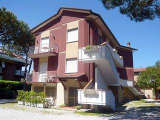 2 bedroom Apartment in Marina di Carrara, Tuscany, Italy : ref 5223993