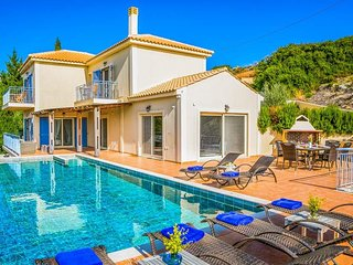 3 bedroom Villa in Ratzakli, Ionian Islands, Greece - 5687565
