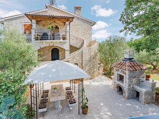 2 bedroom Apartment in Heraki, Istria, Croatia : ref 5521712