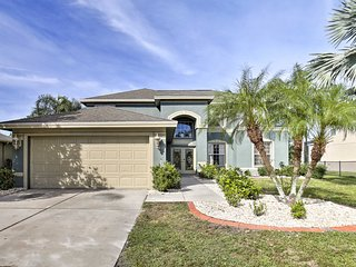 NEW! Riverview Home - Pool Table - Golf Course!