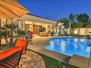 Luxe Gilbert Home w/ Heated Pool* + Putting Green!