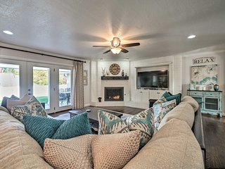 Casual Yet Elegant, Spacious NW Oklahoma City Home