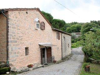 2 bedroom Villa in Stabbiano di Sotto, Tuscany, Italy : ref 5651363