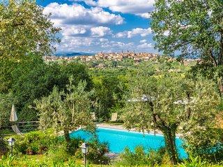 4 bedroom Villa in La Villaccia-Monastero, Tuscany, Italy : ref 5690790