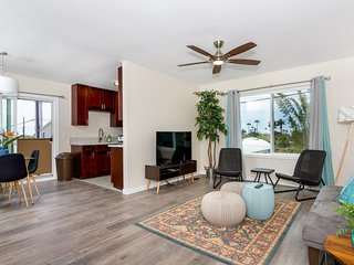 Wind (601 Tremont J) - Newly Renovated Condo - 3 Blocks to Beach