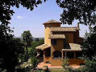 • Villa on the Umbria Lazio border 1hr from Rome