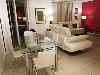 Gorgeous fort Lauderdale Modern APT. 1/1 near all the Top Places