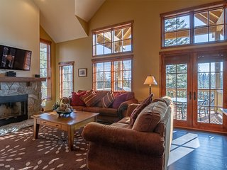 View Topia | Tamarack Resort | Sleeps 8