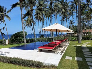 Villa Pantai - only 1 beachfront villa in Kubu
