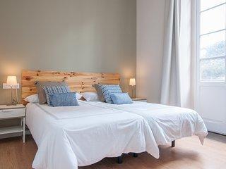 Triana Bella Suites - Palmera. Habitación doble con baño+TV+WIFI+Balcón