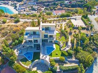 Beautiful villa near Beach & Amenities,Private pool,Sea view,Jazuzzi-Selene