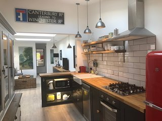 Whitehouse Garden Apartment in the city of Bath - free parking on-site