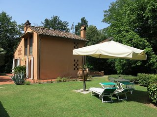 1 bedroom Villa in Capezzano Pianore, Tuscany, Italy : ref 5447363