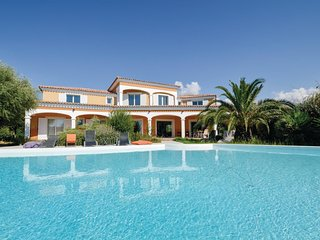 3 bedroom Villa in Lumio, Corsica, France : ref 5690668