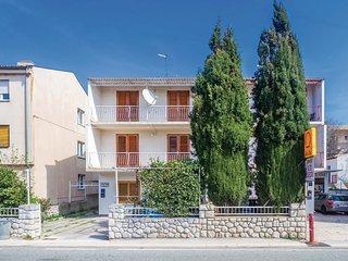 2 bedroom Apartment in Gospic, Licko-Senjska Zupanija, Croatia : ref 5543066