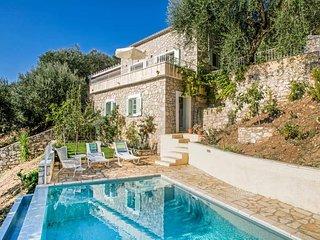 3 bedroom Villa in Vinglatoúri, Ionian Islands, Greece - 5690725