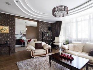 Designer flat (jacuzzi, fireplace, wonderful view)
