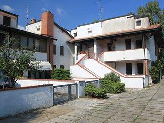 2 bedroom Apartment in Lido di Pomposa, Emilia-Romagna, Italy - 5518618
