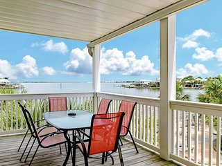 NEW LISTING! Roomy home w/fantastic decks, amazing views, and shared pool access