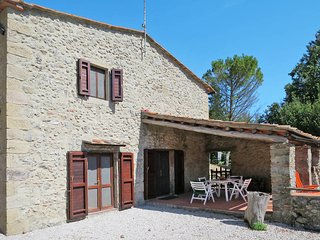 3 bedroom Villa in Le Fornaci, Tuscany, Italy - 5447018
