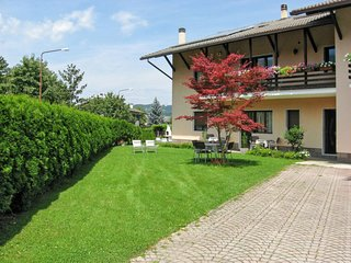 2 bedroom Apartment in Caldonazzo, Trentino-Alto Adige, Italy : ref 5655480