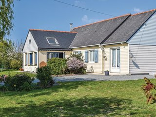 2 bedroom Villa in Kerbors, Brittany, France : ref 5545672