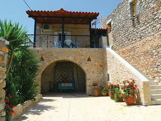2 bedroom Villa in Chimara, Peloponnese, Greece : ref 5536304
