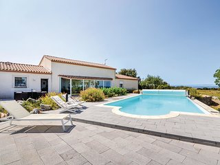 5 bedroom Villa in Poulx, Occitania, France - 5690673