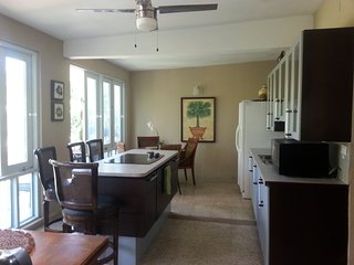 BIG HOUSE for GROUPS, WEDDING DEST, CORPORATE 8 MILES BEACH sju AIRPORT CAR Rent